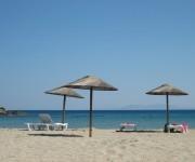 Ios Strand mit Liegen