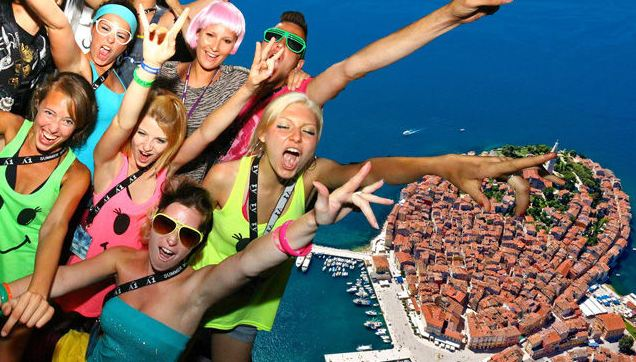 Partyurlaub im Henry Village Island, Rovinj für 18-30jährige
