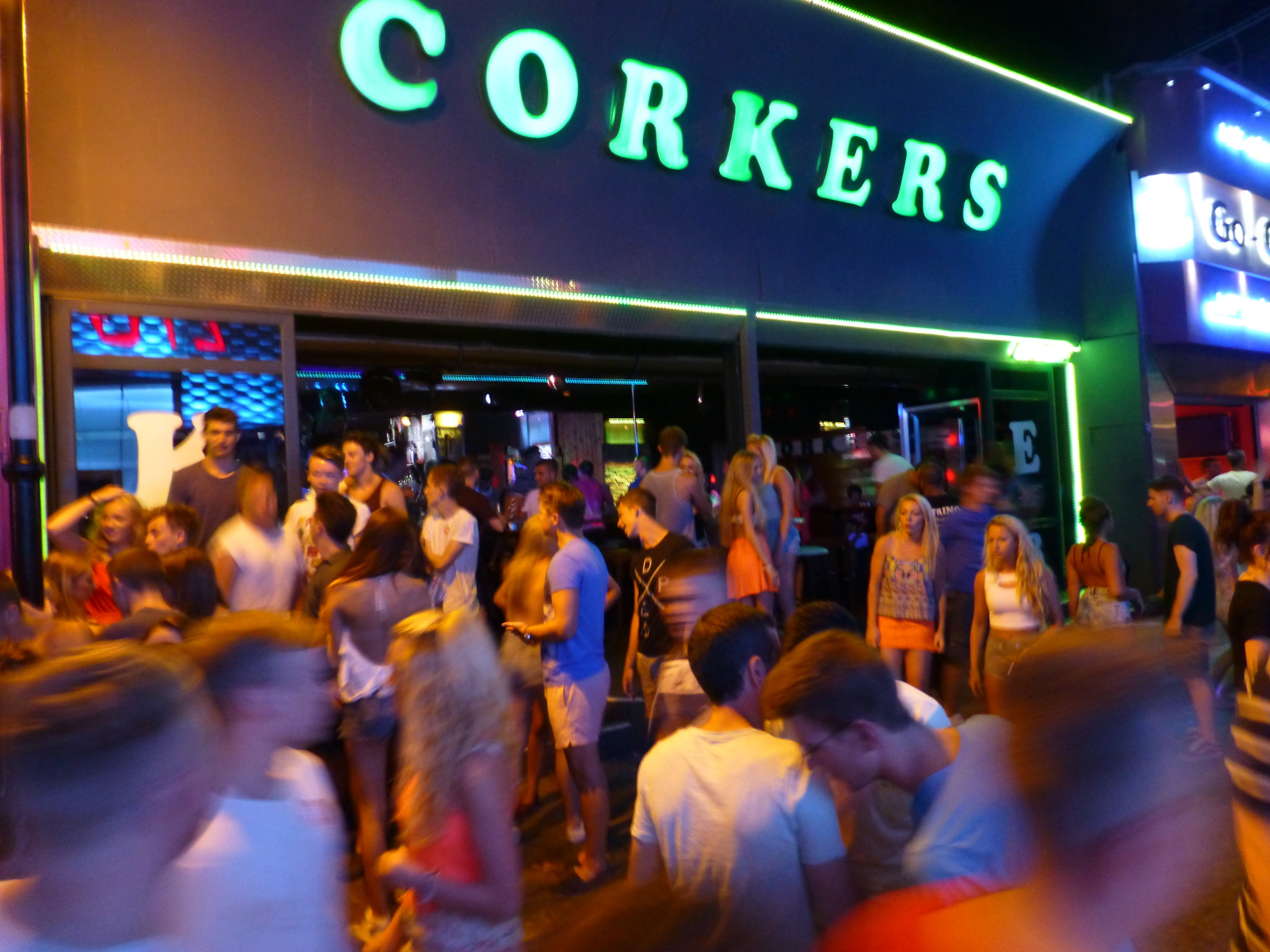 Die besten Party Orte ab 16 in Europa