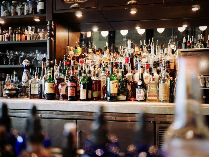 verschiedener alkohol