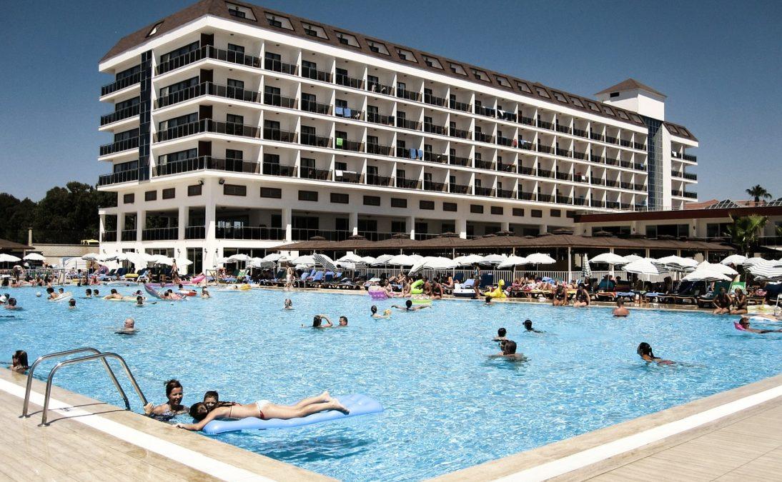 Partyurlaub in Side - Hotel mit Pool